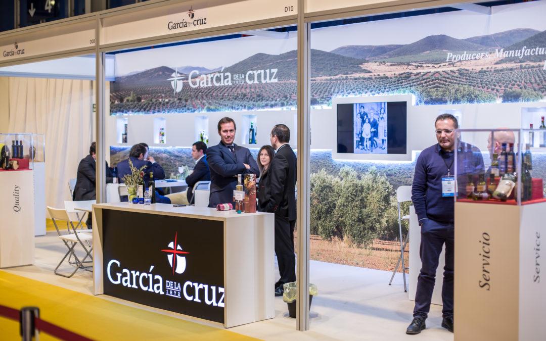 GARCÍA DE LA CRUZ ACUDE A LA WORLD OLIVE OIL EXHIBITION, EL ENCUENTRO MUNDIAL  DEL ACEITE DE OLIVA.